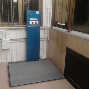 mini elevatori per disabili sl100
