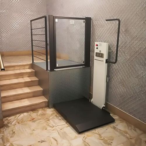 mini elevatori per disabili sl100 per casa